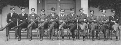 Class of 67, sexto letras - small